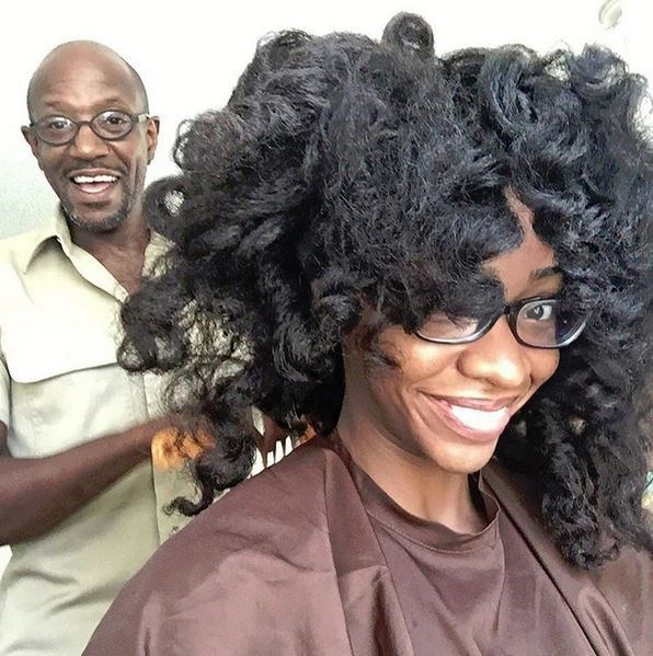 <strong>Teyonah Parris</strong> <br> <br> <em>@daricomagic in the kitchen (literally & figuratively) getting me glammed for the #Emmys today!! #MadMen #EndofanEra #SurvivorsRemorse #DearWhitePeople #ChiRaqtheMovie</em>