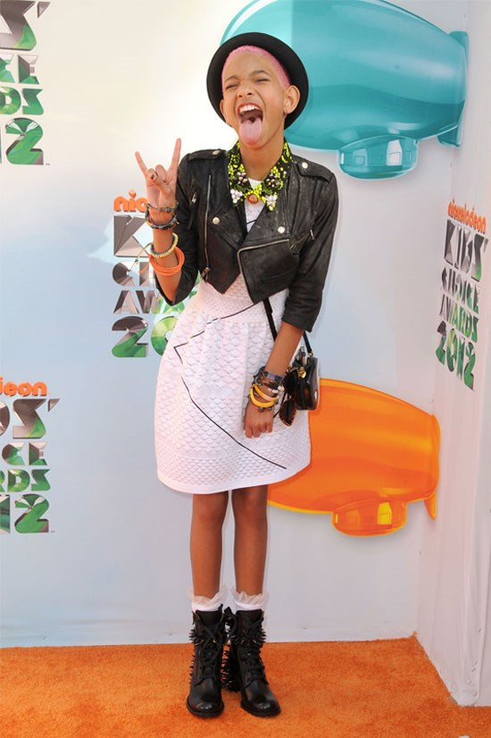 <strong>Nickelodeon's 25th Annual Kids' Choice Awards, 2012</strong> <BR> <BR> Willow strikes a Miley pose in her cropped leather jacket and new pink hair.