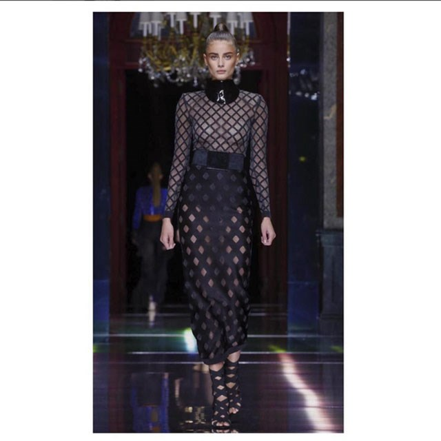 <p>Here Taylor takes the runway</p> <p>@taylor_hill</p>