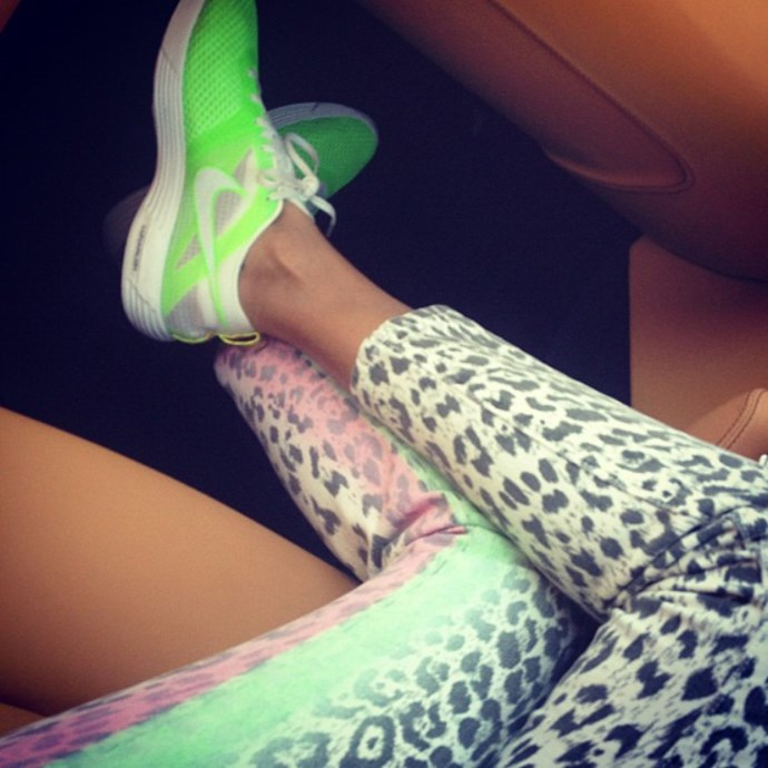 <em><strong>GIOVANNA BATTAGLIA</strong></em> <p> See, girls? Giovanna wears fluoro work out gear just like us (or she used to).