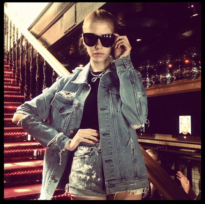 <em><strong>LENA PERMINOVA</strong></em> <p> Even fashion greats like Lena once dabbled in filtered denim posing.