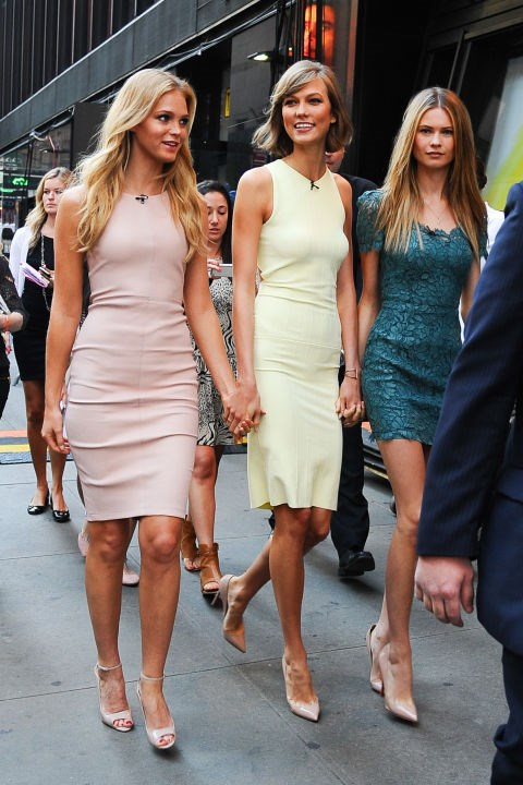 <strong>ERIN HEATHERTON, KARLIE KLOSS, AND BEHATI PRINSLOO</strong>