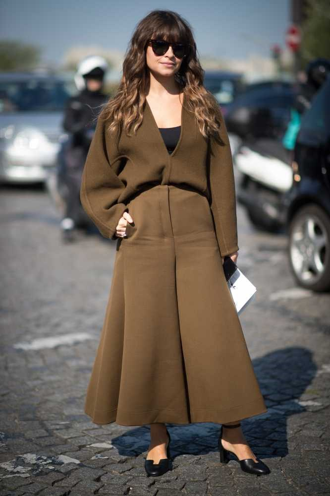 "<strong>Miroslava Duma</strong> <br> <br> ""Her clothing colour combos are spot on, and she wears oversized tops without it looking like its swamping her. I just love that she looks super cool and cute ALL the time."" <br> <br> Lisa Rahman - Deputy Art Director"