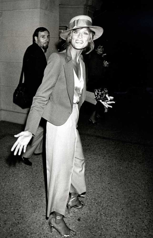"<strong>Lauren Hutton</strong> <br> <br> ""She looked (looks!) good in everything. Dresses, pant suits, sequins, denim, you name it, she rocked it - beauty included."" <br> <br> Natalie Lukaitis - Contributing Beauty Correspondant"