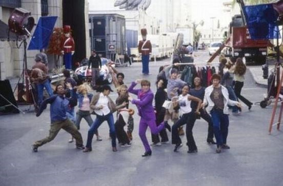 "<strong>Austin Powers</strong> <br> <br> Filming the opening scene. <br> <br> Image: <a href=""https://twitter.com/MakingOfs/status/595770509566029826/photo/1"">Twitter</a>"