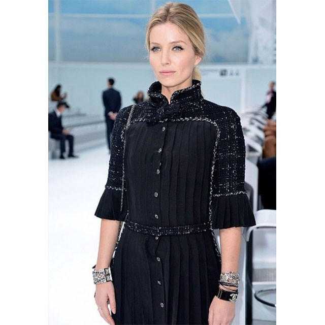 She loves fashion and attended Chanel's SS16 runway show at Paris Fashion Week.