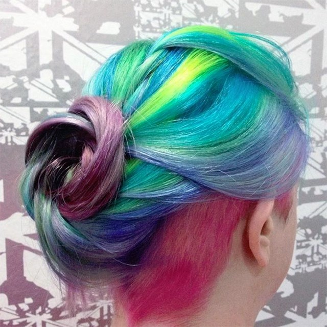 Pink under-cut? So cool.