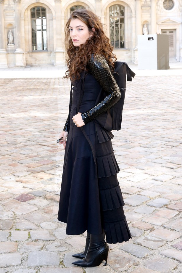 Lorde in Dior like you've never seen it before. Too cool.