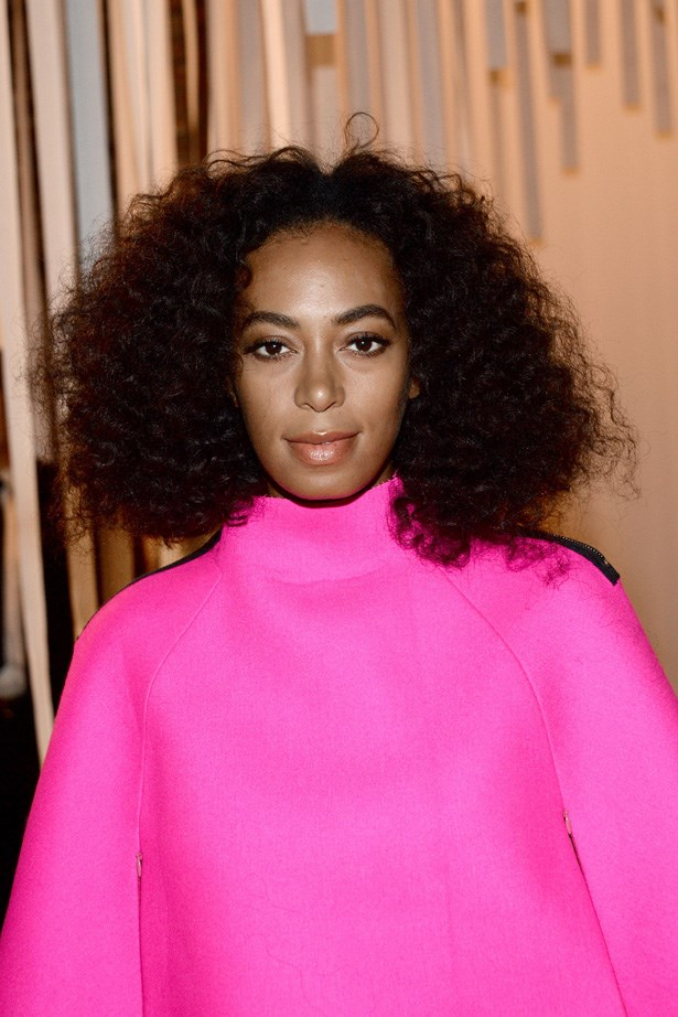 Instead of hiding from humidity, Solange Knowles amps-up her mane by standing in the shower and letting the steam plump up her locks.