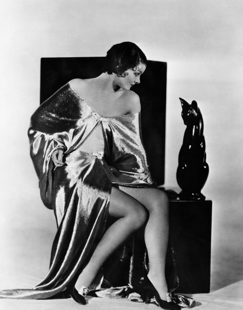 <strong>MYRNA LOY, 1938</strong>