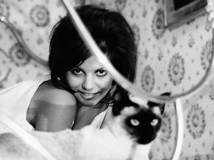 <strong>CLAUDIA CARDINALE, 1960</strong>