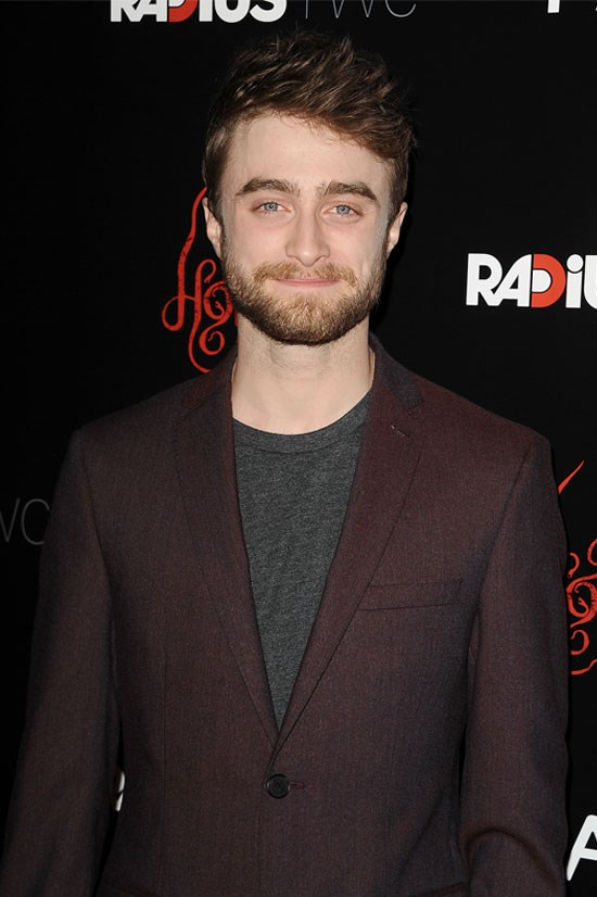 """​I don't have Twitter and I don't have Facebook, and I think that makes things a lot easier because if you go on Twitter and tell everybody what you're doing moment to moment and then claim you want a private life, then no one is going to take that request seriously"" - <strong>Daniel Radcliffe</strong>, to <em><a href=""http://news.sky.com/story/1171481/daniel-radcliffe-warns-social-media-celebrities"">SkyNews</a></em>"