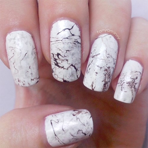 Oh marble nails, you're so fun but so sophisticated.