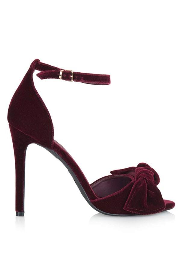 "Heels, $96, Topshop, <a href=""http://www.topshop.com/webapp/wcs/stores/servlet/ProductDisplay?Ntt=bows&storeId=12556&productId=22049855&urlRequestType=Base&categoryId=&langId=-1&productIdentifier=product&catalogId=33057"">topshop.com</a>"