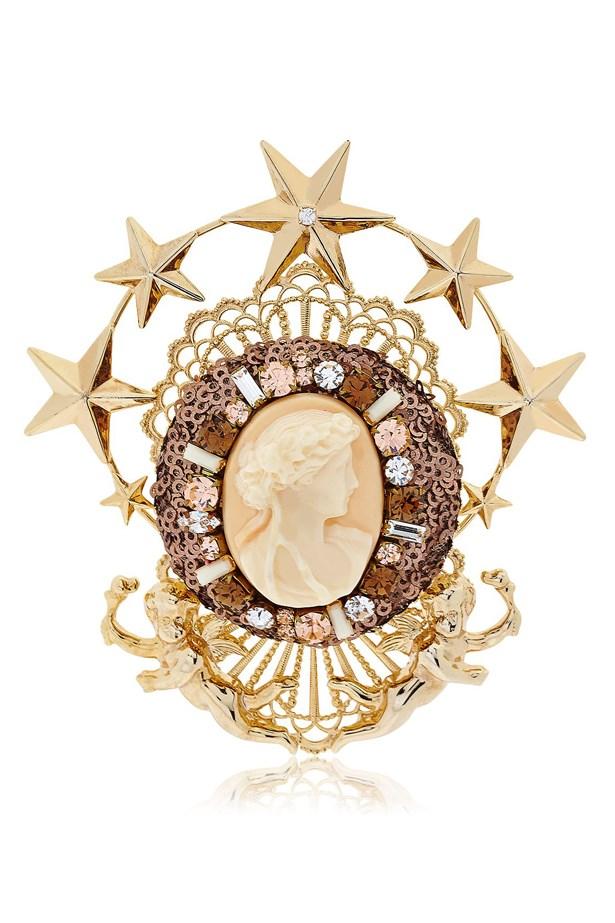 "Victorian Inspired Brooch, 396, Galerie Lerique, <a href=""http://www.luisaviaroma.com/index.aspx#ItemSrv.ashx|SeasonId=60I&CollectionId=0QZ&ItemId=2&SeasonMemoCode=actual&GenderMemoCode=women&VendorColorId=R09MRCBXSElURQ2&CategoryId=&SubLineId=fashion_jewellery"">luisaviaroma.com</a>"