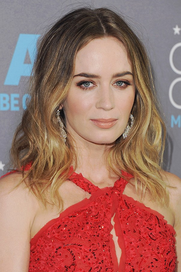 <strong>15th January</strong> <br><br><strong>Emily Blunt</strong> opts for monochromatic makeup with a copper shade on lips, eyes and cheeks at the <strong>20th Annual Critics' Choice Movie Awards</strong>.
