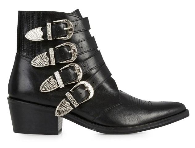 """<strong>TOGA PULLA BOOT</strong> <br><br> <a href=""""http://www.farfetch.com/au/shopping/women/Toga-Pulla-ankle-cowboy-boot-item-10450006.aspx?gclid=CJjPjMv82ckCFYQHvAodiWoOww&ef_id=ViAk5wAABQCcje@R:20151213231922:s"""">www.farfetch.com</a>"""