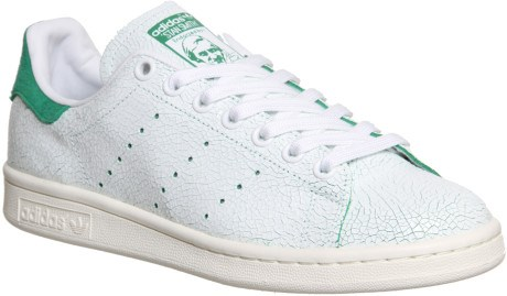 "<strong>ADIDAS STAN SMITH SNEAKER</strong> <br><br> <a href=""http://www.adidas.com.au/stan-smith-shoes/M20324.html"">www.adidas.com.au</a>"