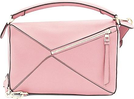 "<strong>LOEWE PUZZLE BAG</strong> <br><br> <a href=""http://www.selfridges.com/AU/en/cat/loewe-puzzle-shoulder-bag-small_735-10143-32230K74/?previewAttribute=Soft+pink&cm_mmc=PLA-_-GoogleUS-_-Womens-_-LOEWE&ci_src=18615224&ci_sku=58399118&$$&_$ja=tsid:78440%7ccid:323535152%7cagid:20367529952%7ctid:pla-149957339792%7ccrid:77099139872%7cnw:g%7crnd:1560434957940568589%7cdvc:c%7cadp:1o4&_$ja=tsid:32619|prd:78888&cm_mmc=AFFIL-_-AWIN-_-78888-_-0RpXOIXA500&awc=3539_1450049610_98f33defda2de6725bf601fe35fb123a&utm_source=Affiliates&utm_medium=78888&utm_term=na&utm_content=na&utm_campaign=na"">www.selfridges.com</a>"