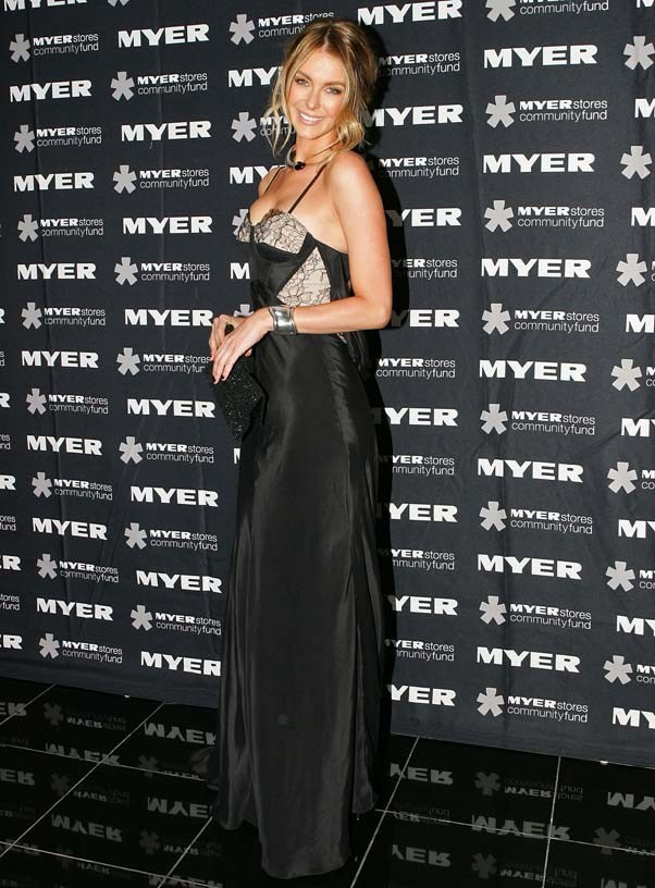 2010, May: Looking elegant in a silky black dress at the Precious Metal Ball in Melbourne.
