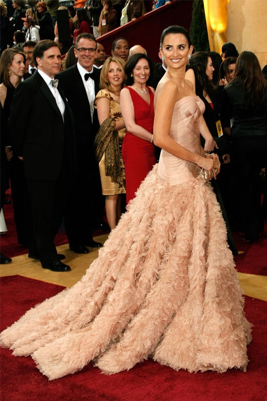 <strong>Penelope Cruz at the Oscars, 2007</strong> <br><br> You can tell by the excited faces of onlookers in the background that Penelope certainly turned a few heads that year in this stunning Versace gown.
