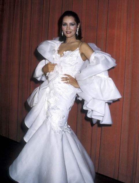 BARBARA CARRERA, 1986