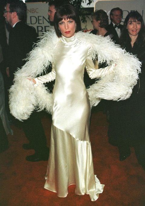 LARA FLYNN BOYLE, 1999