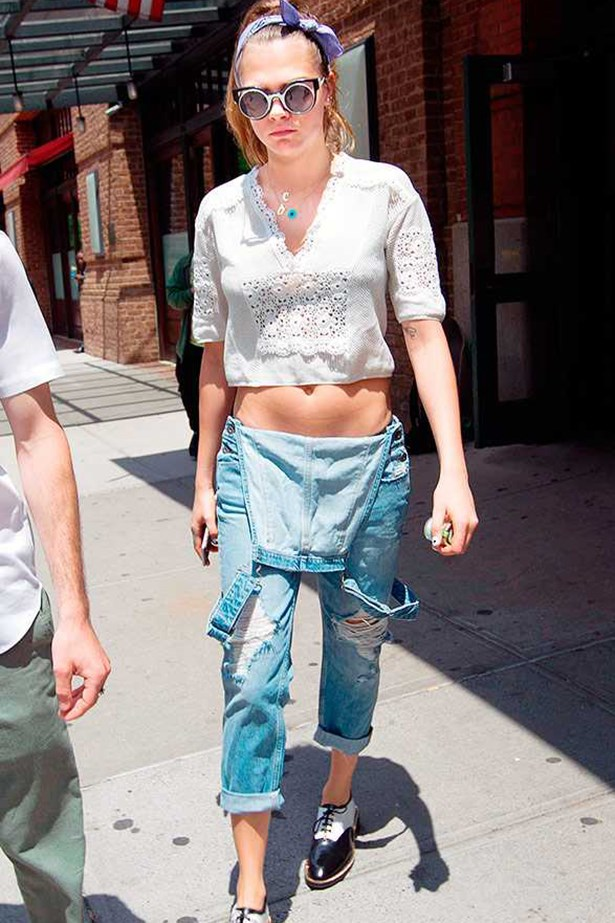 Cara Delevingne <p> <p> Cara takes her dunga-style back to the 90s.