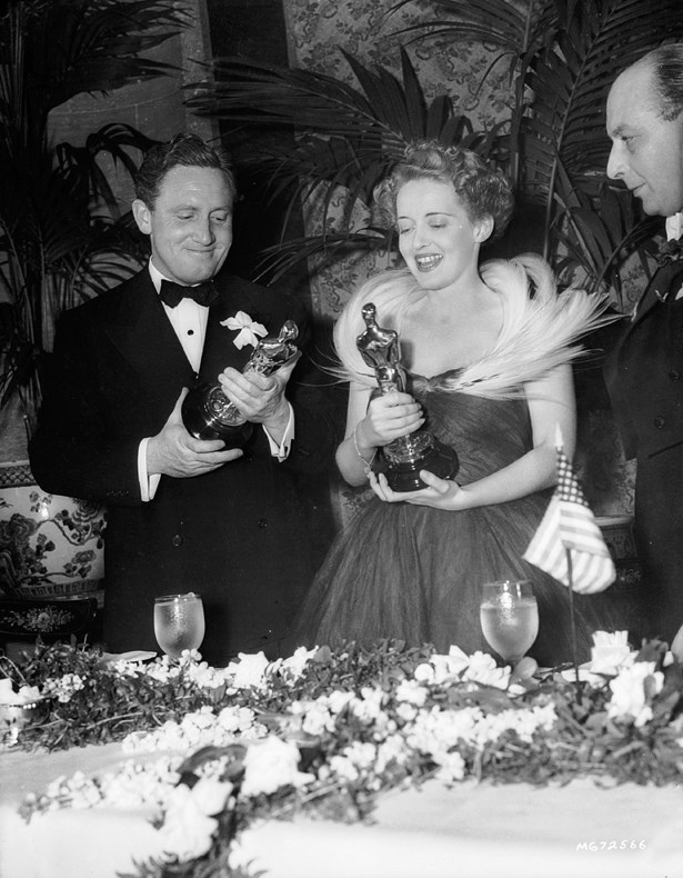 Bette Davis' fabulous feathered gown at the 1938 Oscars made its mark.