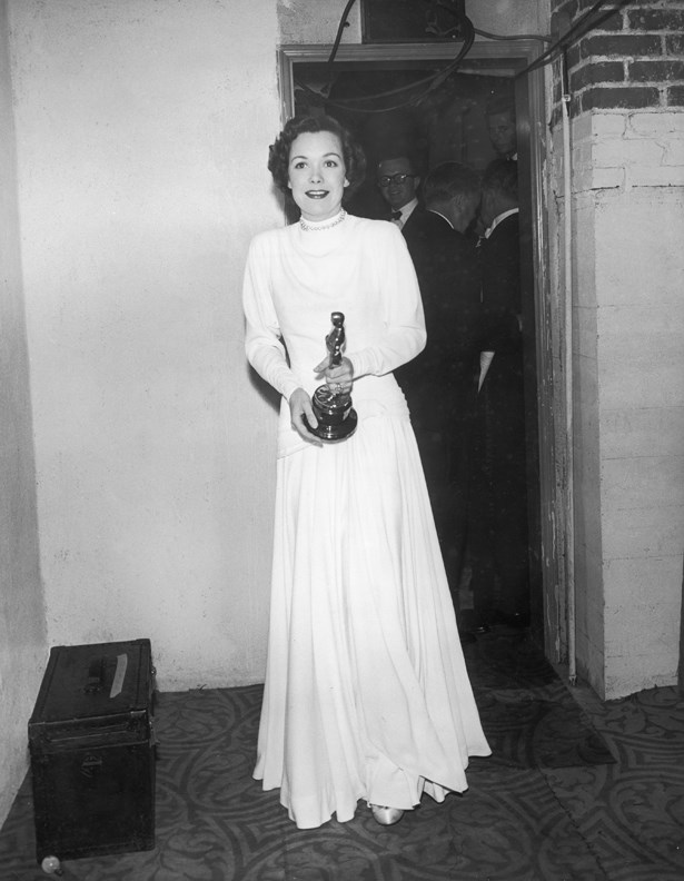 Simple and chic. Jane Wyman went for a classic white dress in 1948.