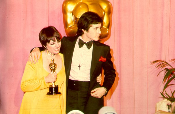Liza Minnelli went lemon yellow in 1972.