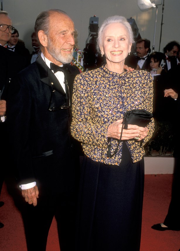 At 80, Jessica Tandy was the oldest ever Best Actress winner. She did it in this printed blazer over a black dress.