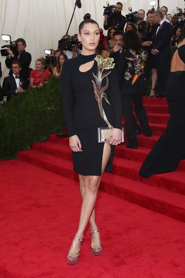 Bella looks regal at the 2015 MET Gala.