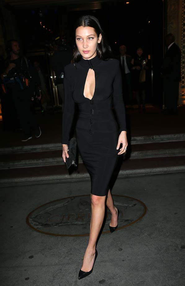 Bella looks smoking in this LBD.