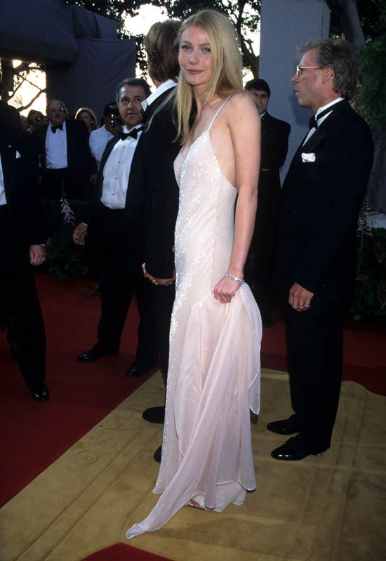 <strong>Gwyneth Paltrow, March 1996</strong> <br><br> 68th Annual Academy Awards.