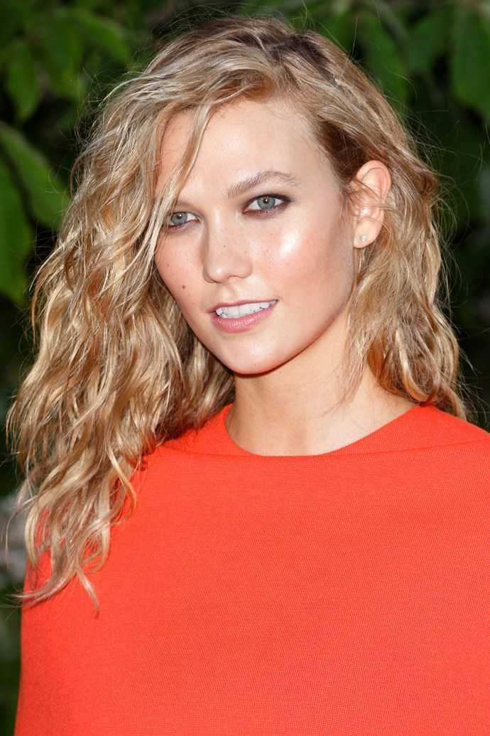 Natural waves make for a perfect summer look.