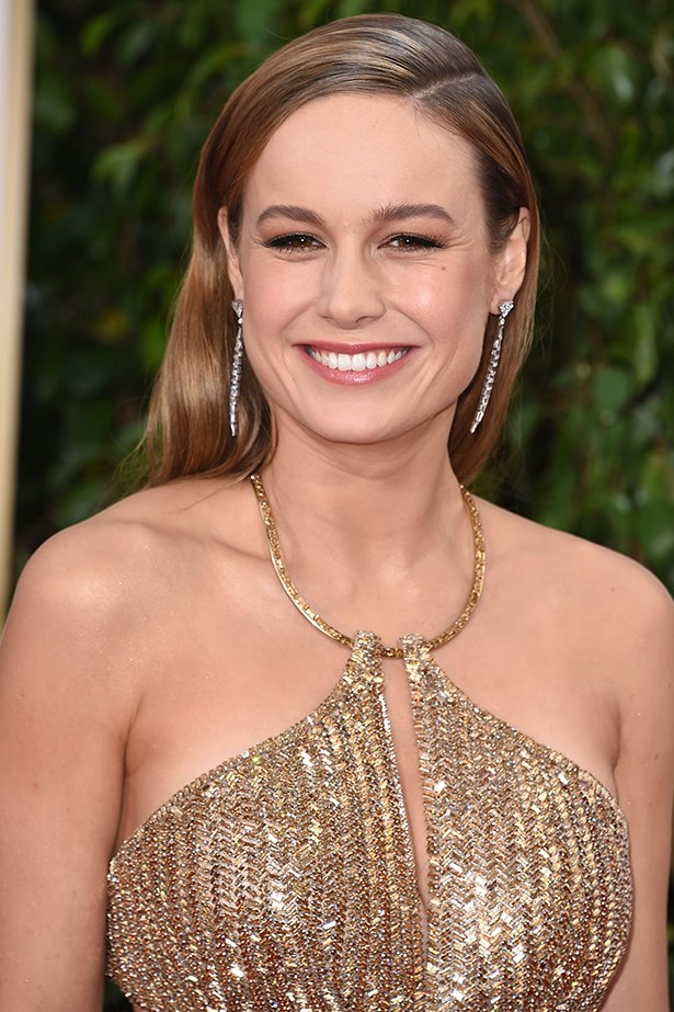 2016, Brie is a golden goddess with a metallic smoky eye and luminous skin at the <strong>73rd Annual Golden Globe Awards</strong>.