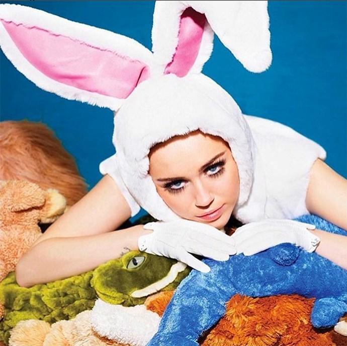 """Miley Cyrus: """"Happy Ea$ter!!!"""""""