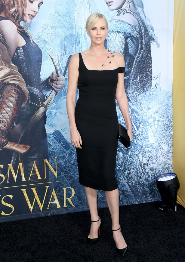 Charlize Theron's latest <em>Huntsman</em> premiere dress had us buggin'.