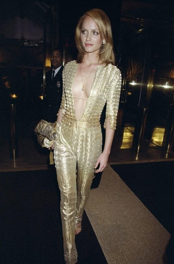 Amber Valletta, 1999.