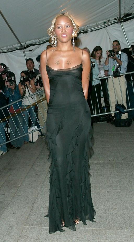 Eve, 2003.