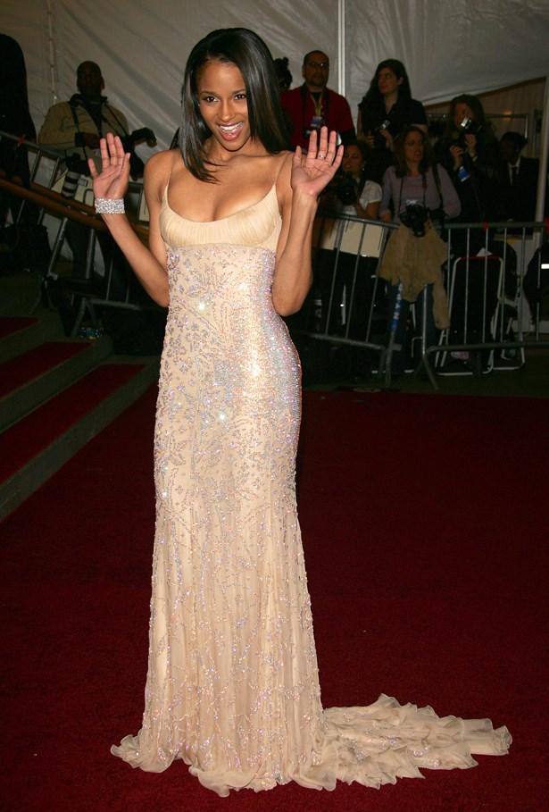 Ciara, 2006.