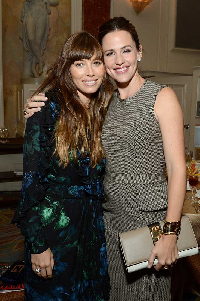 </p><p>Jessica Biel and Jennifer Garner.