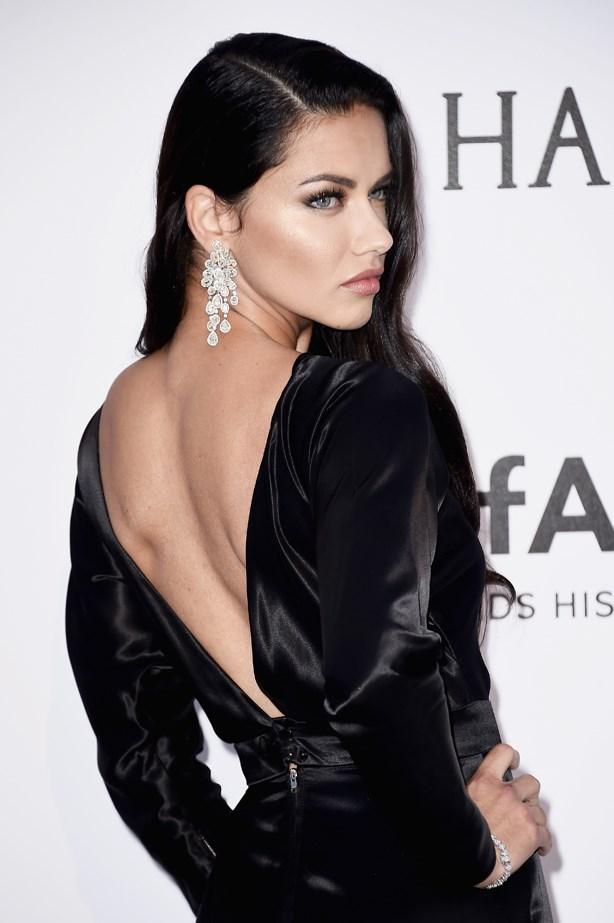 Adriana Lima at the 2016 amfAR Gala.