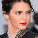 It's Alright, Kendall Jenner Isn't Very Good At Eyeliner, Either image