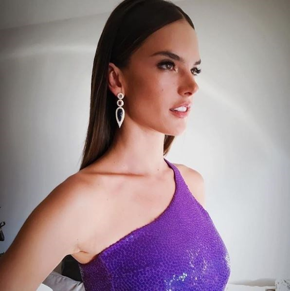 Alessandra Ambrosio.