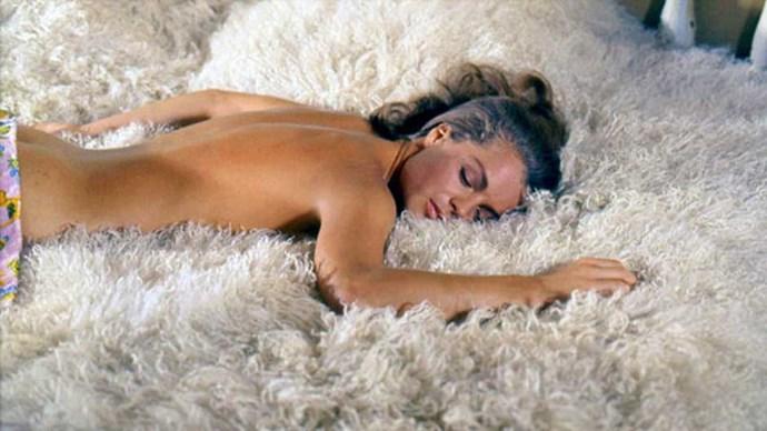 Jane Birkin on the set of La Pacine.