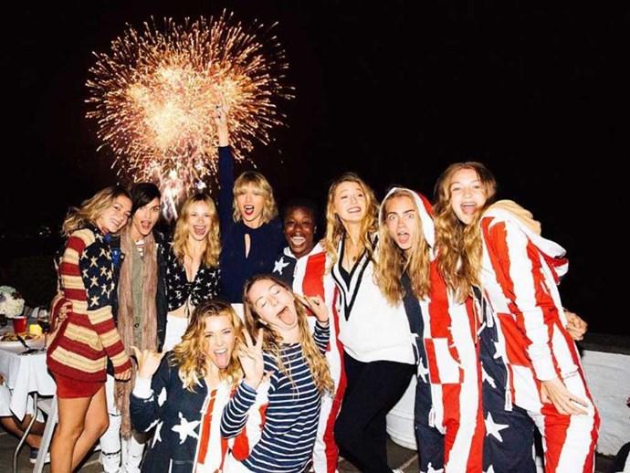 "<strong>Taylor Swift</strong><br><br> ""Happy 4th from us ❤️""<br><br> Instagram: <a href=""https://www.instagram.com/p/BHdgGYrjgc8/?taken-by=taylorswift&hl=en"">@taylorswift</a>"