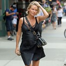 A Look At Lara Worthington's Easy-Chic Motherhood Style image