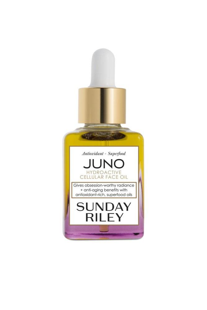 "The Facial Oil<br> <a href=""http://mecca.com.au/sunday-riley/juno-hydroactive-cellular-face-oil/I-015825.html?cgpath=skincare-treatment-oilsserums"">Juno Hydroactive Cellular Face Oil, $135 for 30ml, Sunday Riley</a>"